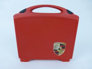 Kunststoffkoffer rot mit Siebdruck